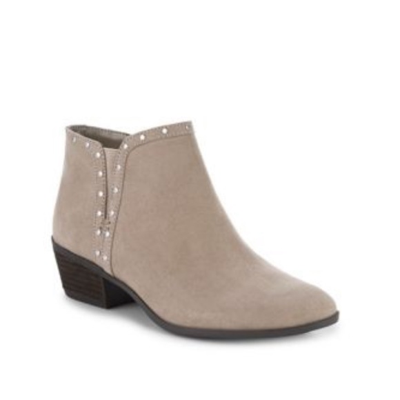 Sam Edelman Shoes - NEW • Sam Edelman • Phylis Studded Ankle Boots 8